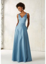Satin Bridesmaids Dress with V-neck and Pockets